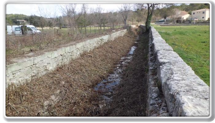 Aubais, ruisseau de Lissac, aval pont de la D12 (après)