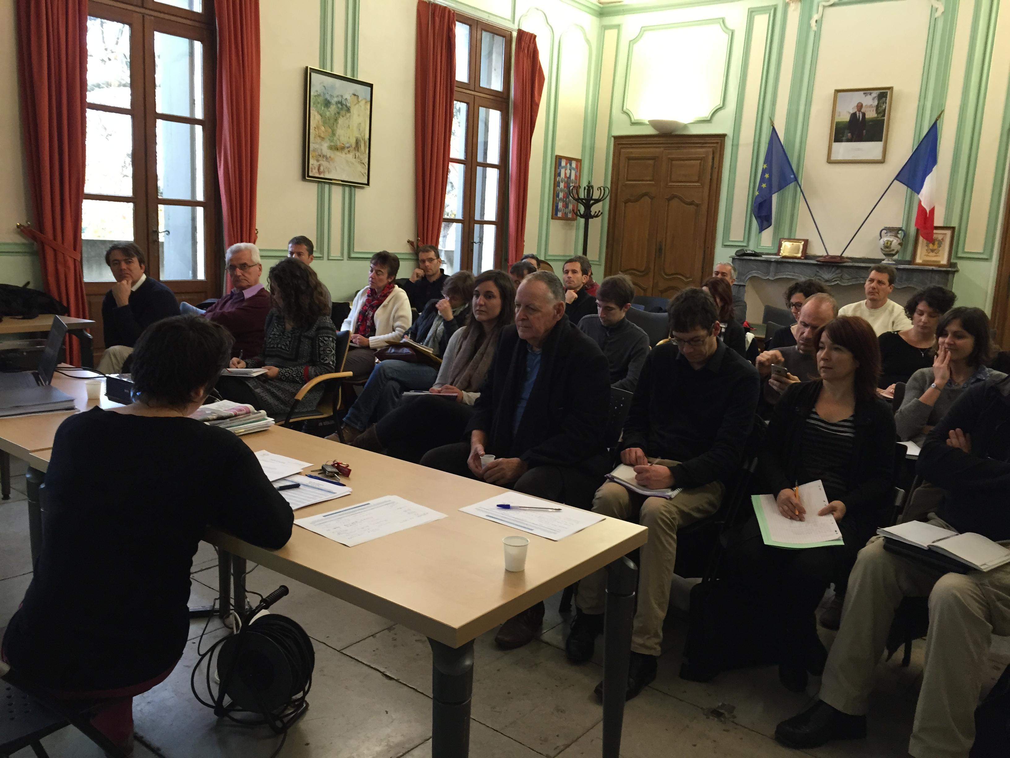 Réunion du Comité de Pilotage du 8 décembre 2015 : Lancement des études diagnostic socio-économique de l'activité agricole et évaluation des risques de contamination par les produits phytosanitaires