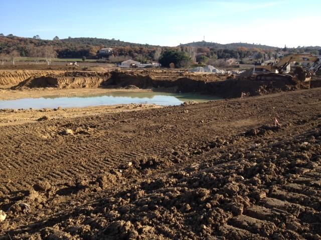 Lancement des travaux du 1er bassin de r tention quissac eptb vidourle - Terrassement bassin de retention ...